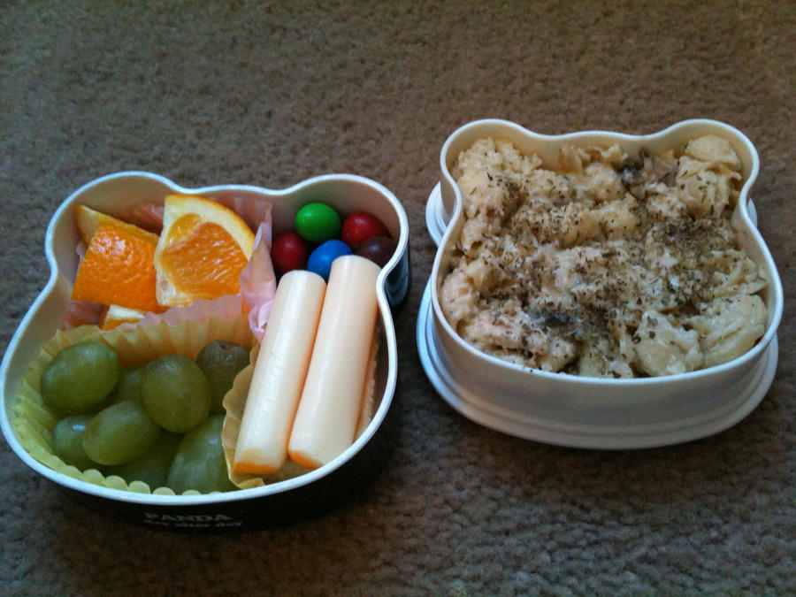 Panda Garlic Pasta Leftover Bento by scr1bbl3m0nst3r