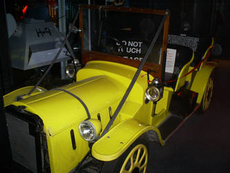 Bessie -doctors car by Foxy-Knight