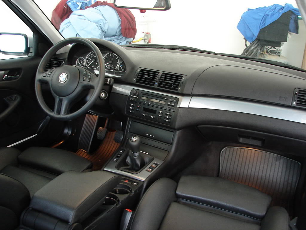 Photos du fun car show 2015 23 24 et 25 mai en page 31 for Bmw e46 interieur