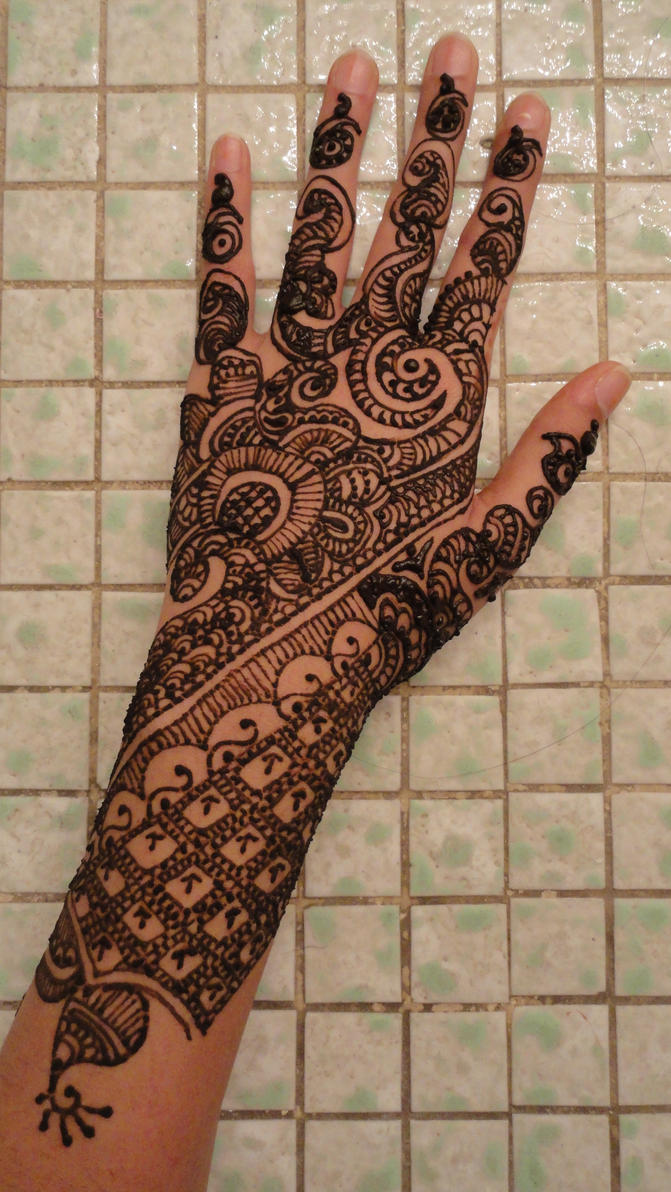 Midnight Henna by A-w0man