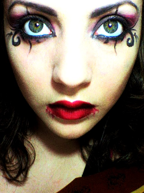 Vampire Eye Makeup For Women Hungry vampire eyes by