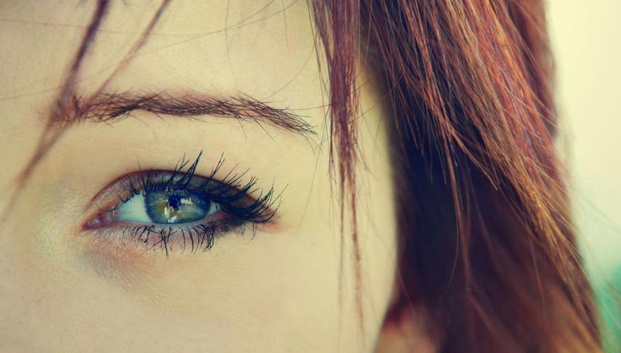 Turn around bright eyes by carunderwater-x