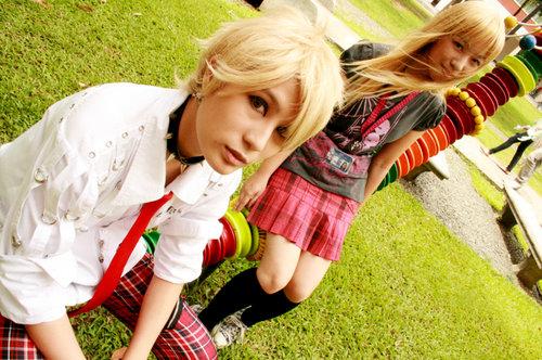Blonde Siblings: Lu and Toki by toki88