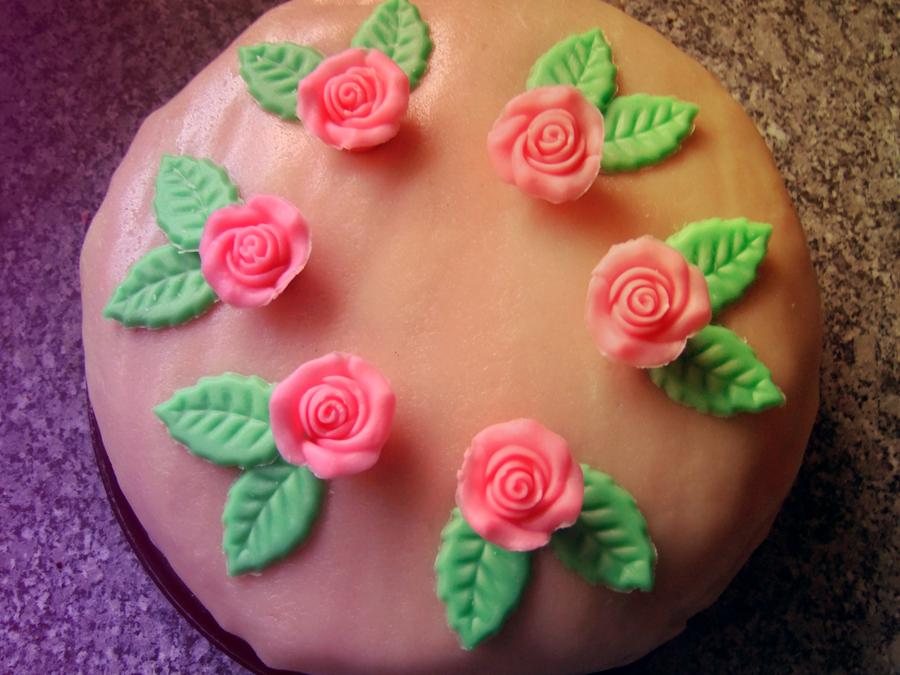 wedding cake by Renasensei