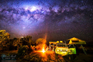 Camping Under A Starry Sky by Questavia