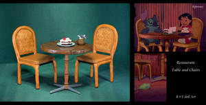 Restaurant Table and Chairs / Lilo and Stitch
