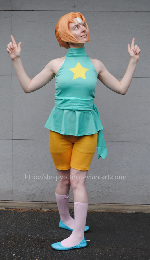 Steven Universe Pearl Cosplay - Alt pose 2 by sleepyotter ...