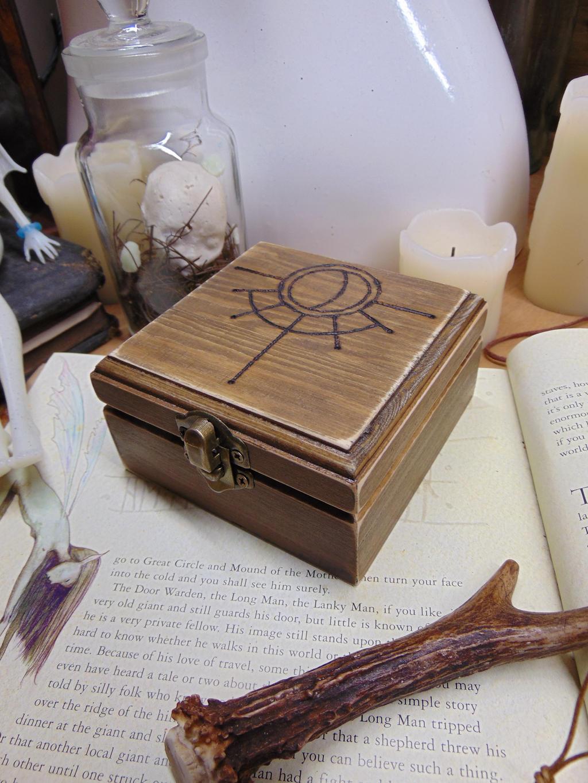 Hag Stone Box by BurnedRavenTales