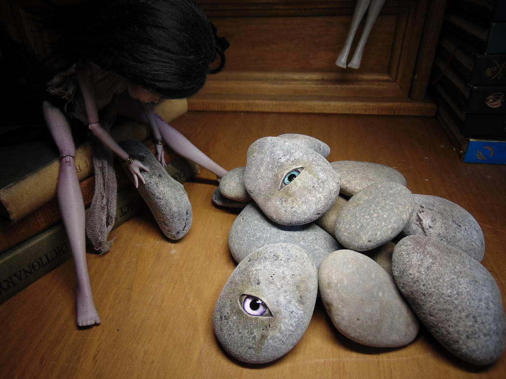 Faerie Sight Stones by BurnedRavenTales