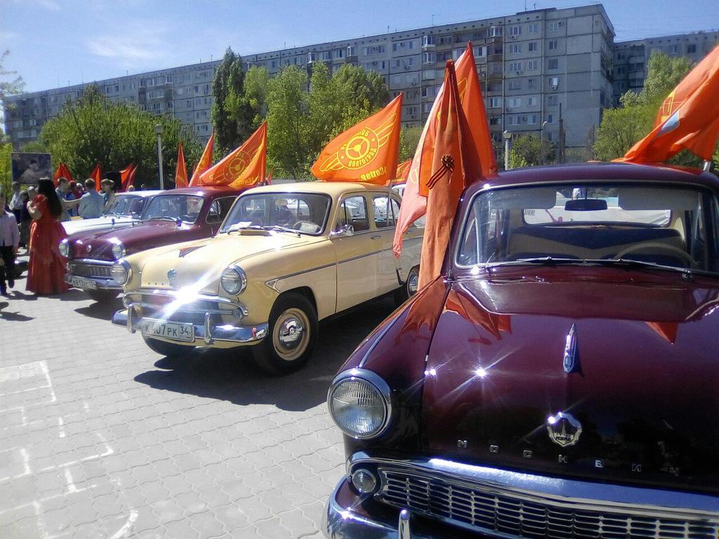 Exhibition of retro cars in Volgograd (Stalingrad) by Not-Sleeping-Owl