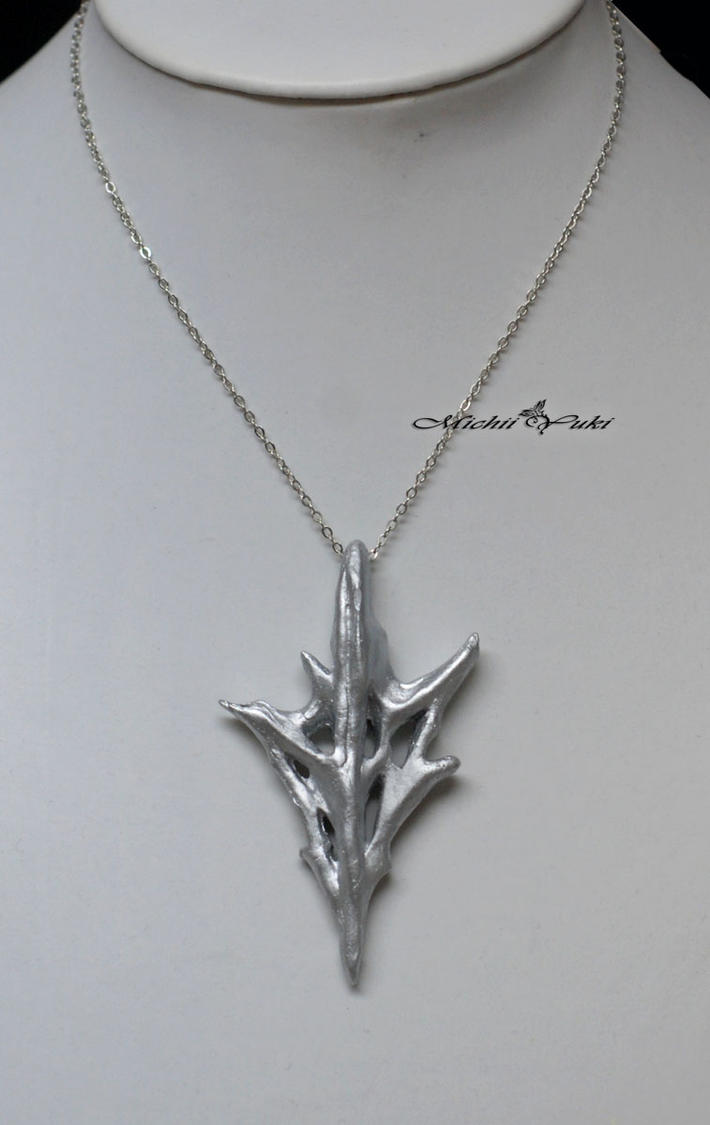Lightning Returns - the Necklace by michiiyuki