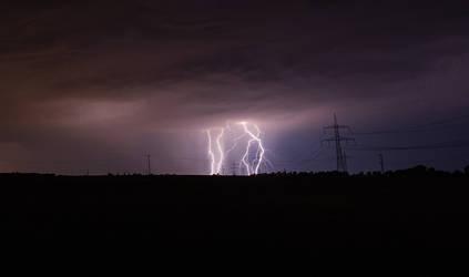 thunderstorm by baari87
