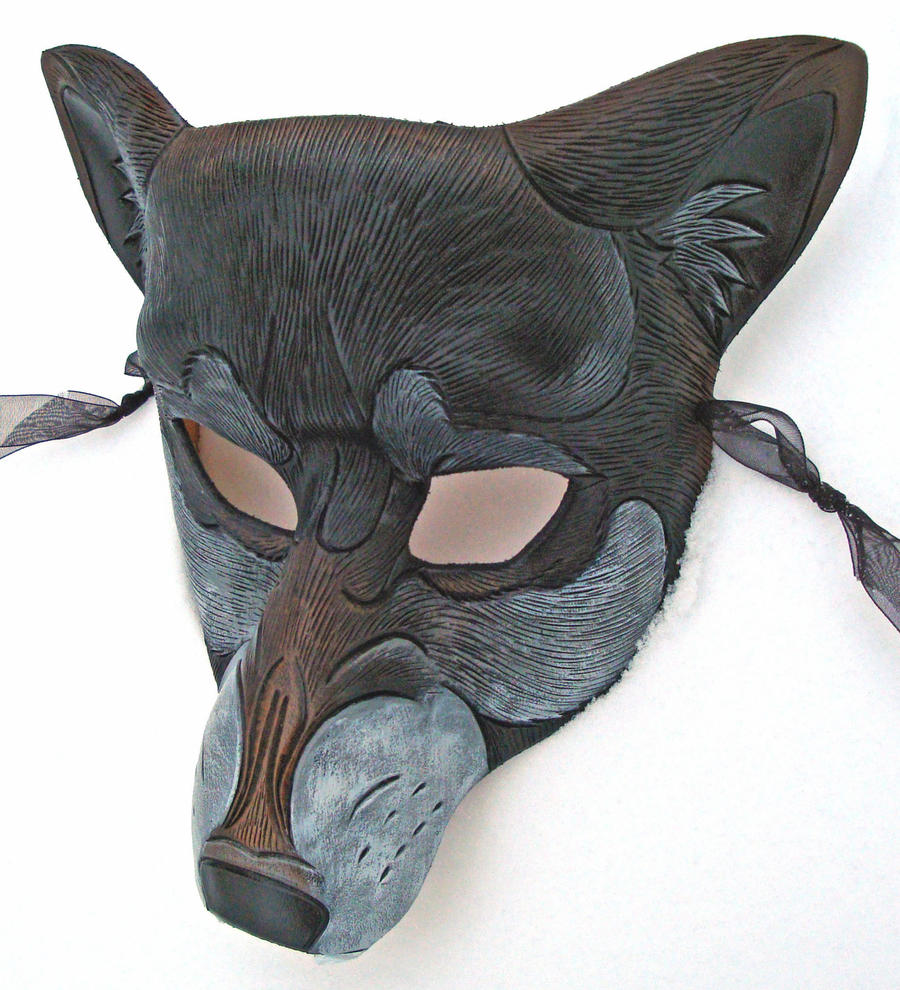 Snarling Wolf Mask..Dark Phase by merimask
