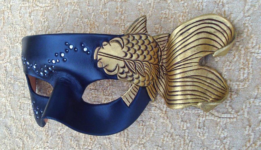Japanese Goldfish Mask 2010 by merimask
