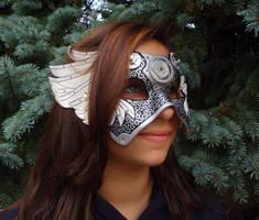Savannah wears Il Tempo Vola by merimask