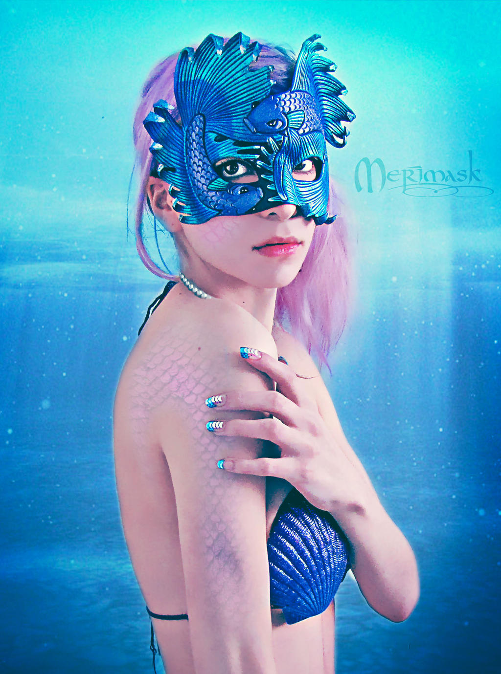 Underwater...Beki wearing Fighting Fish Mask by merimask