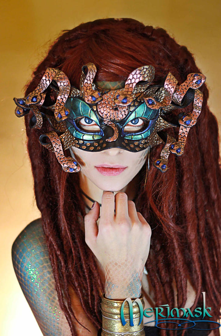 Beki as Medusa, close by merimask