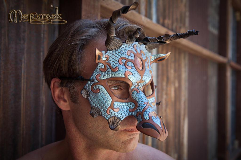 Swig wearing dragon mask by merimask