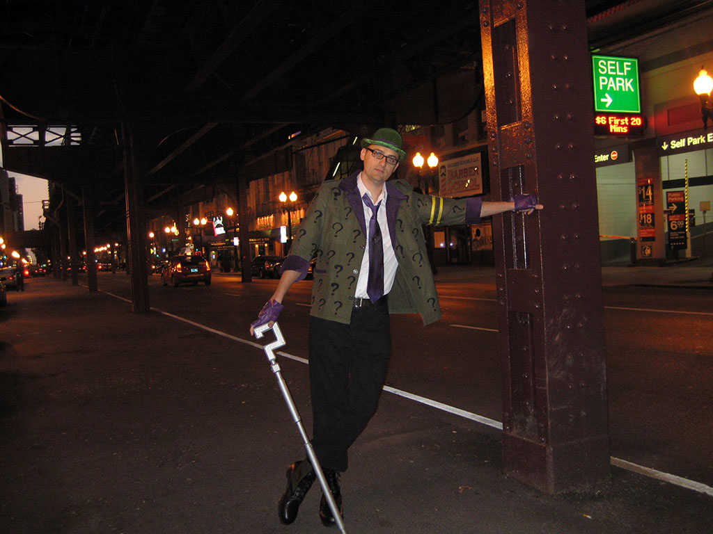 the_riddler_takes_over_chicago_by_thequestion1-d4fhe8j.jpg