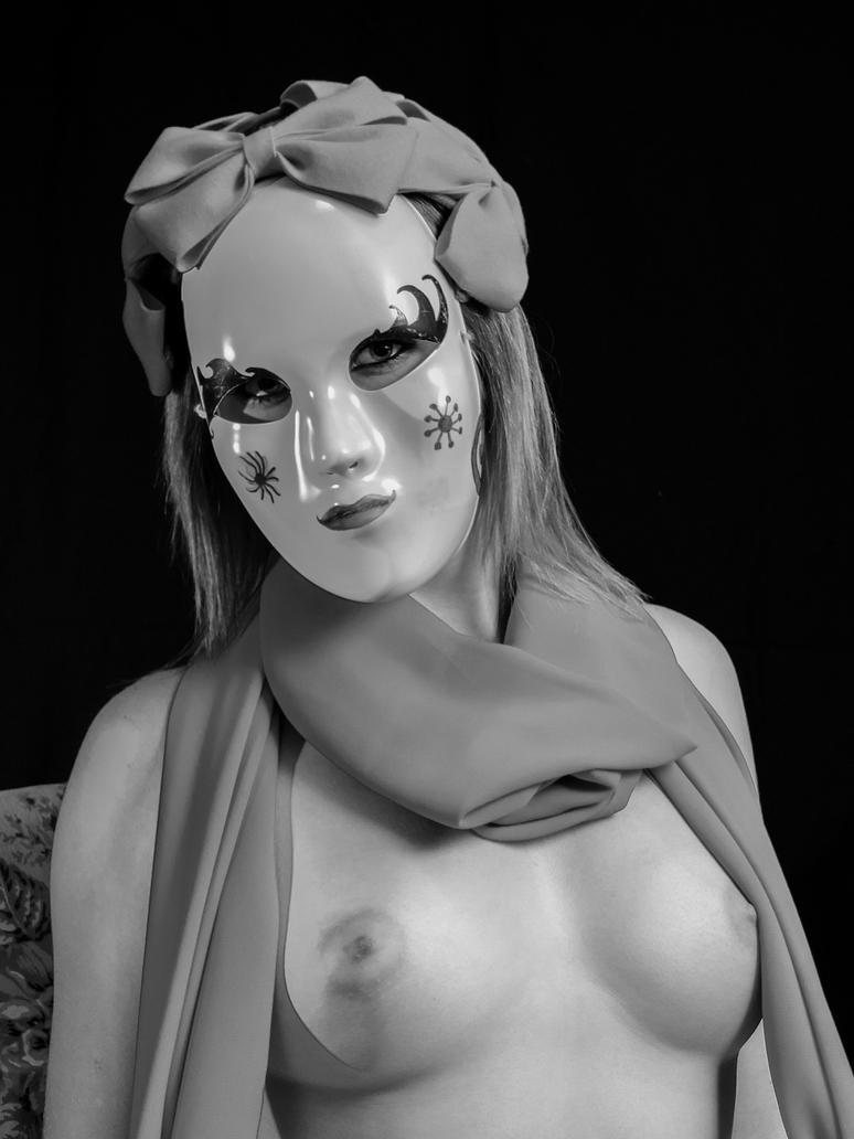 BELLEZA ENMASCARADA by JJonesJr69