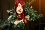 Hold Me, Thrill Me, Kiss Me, Kill Me ~ Poison Ivy