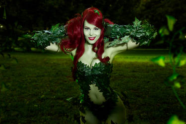 Poison Ivy Cosplay ~ Just a Harmless flower