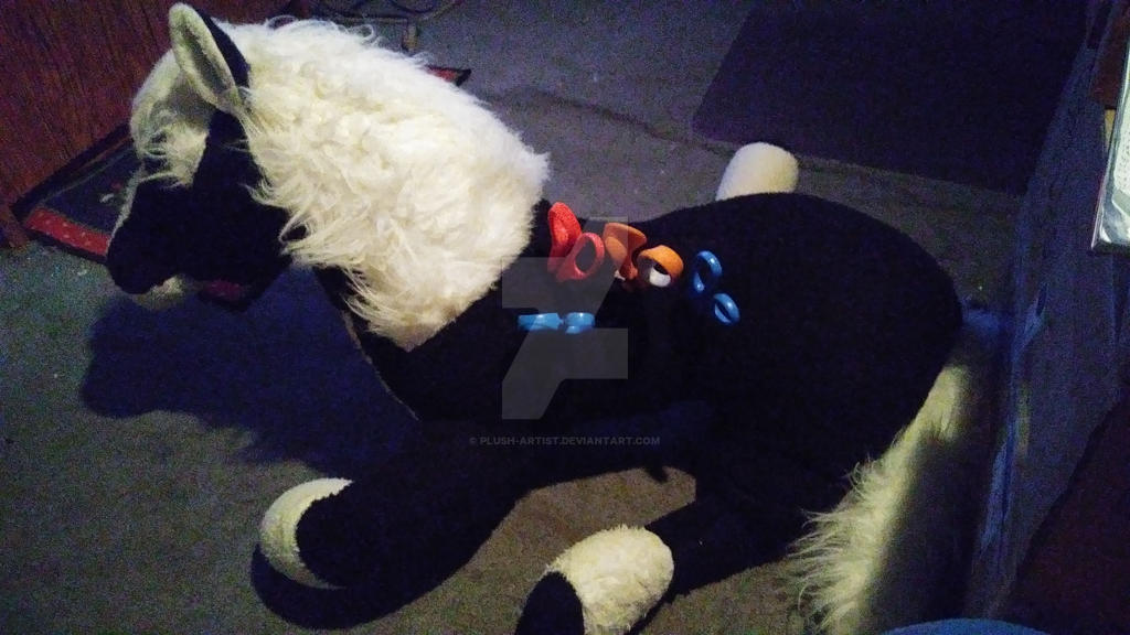 Pony Scissor Holder by Plush-Artist