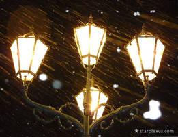 snow lantern by starplexus