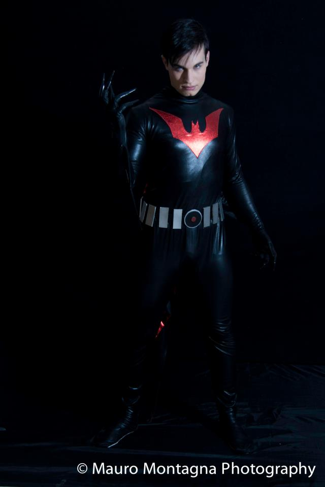 Batman Beyond - COSPLAY by AndreaStarchild by AndreaStarchild