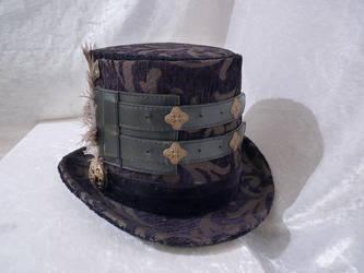 Black Elegant top hat by Serata