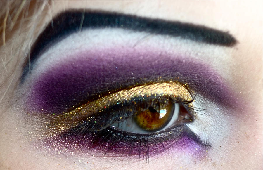 Purple and Gold Cut Crease by JaydeAlexisBlaqk