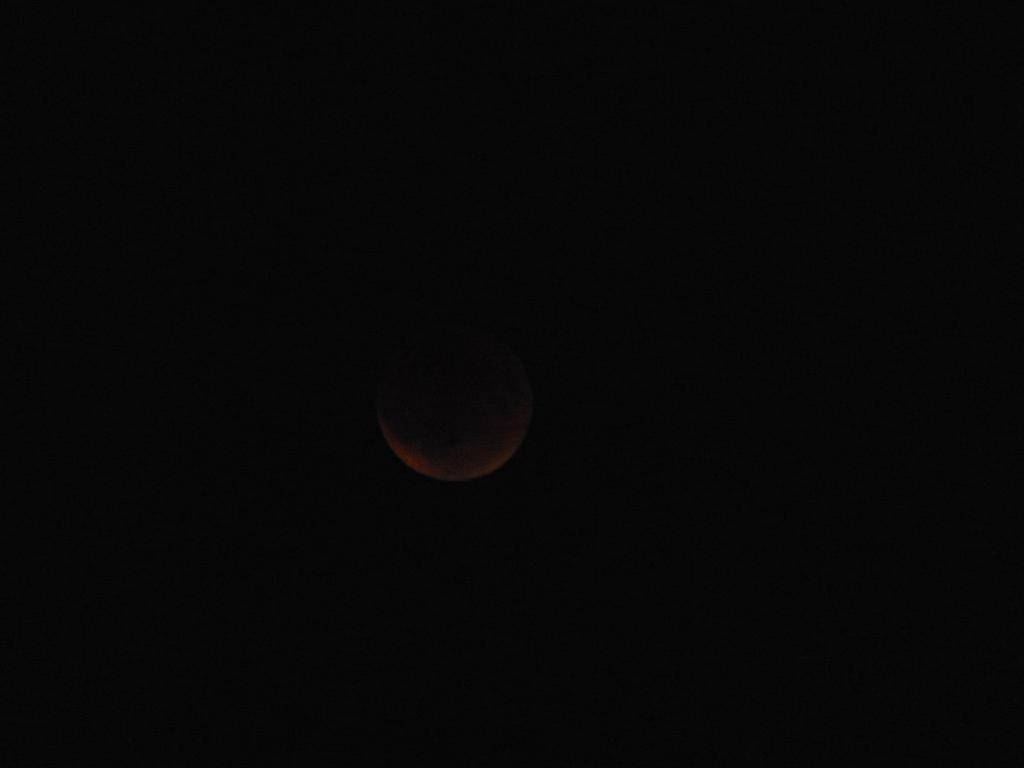 Blood moon 2 by Ryokothedarksummoner
