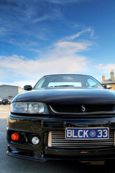 Black Nissan Skyline R33 GTS-T