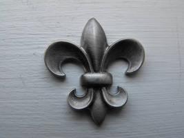 Fleur-de-lis by Eisoptrophobic-stock