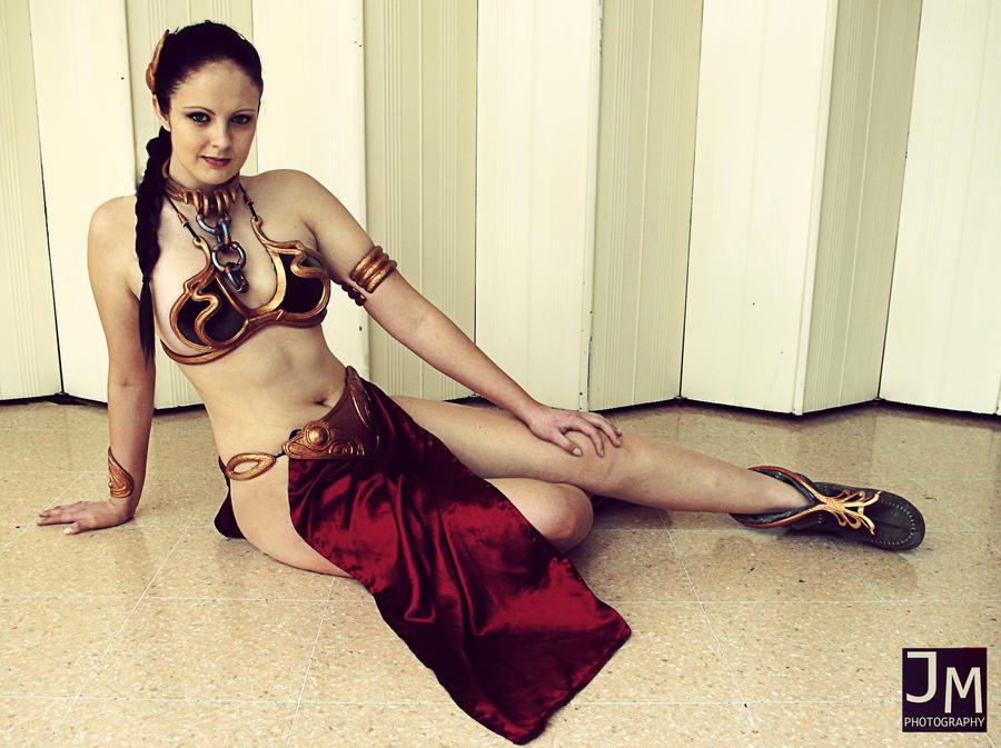 Slave Leia Portrait by Inuyomi