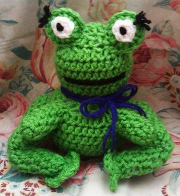 Froggy by YunisUnis