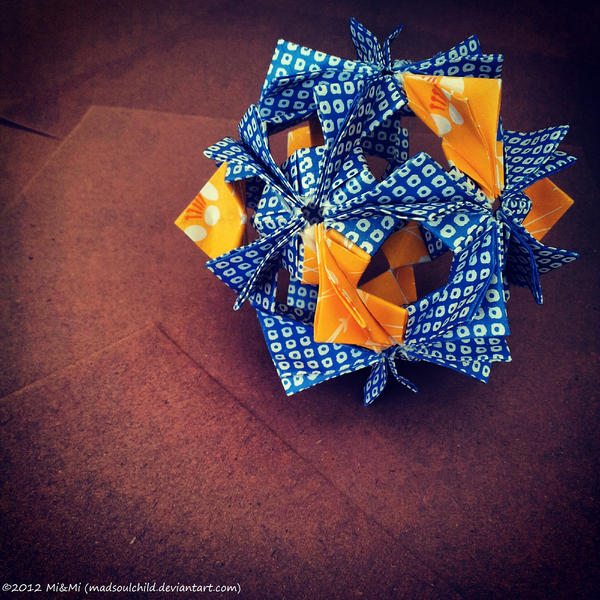 Modular Origami (Arabesque) by MadSoulChild
