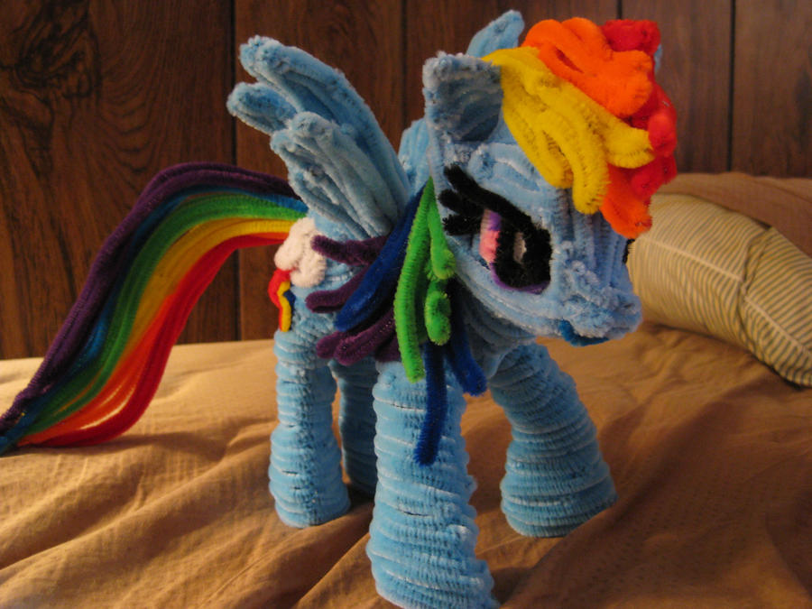 Pipecleaner Rainbow Dash MLP by DarkSaberCat