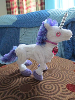 Small Pipe Cleaner Unicorn