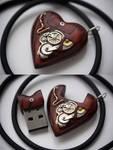 32GB USB Steampunk Heart