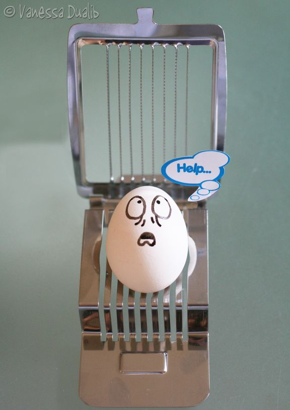 Eggbert is in Trouble... by Rerinha