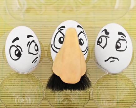 Eggbert.... MASTER of disguises!
