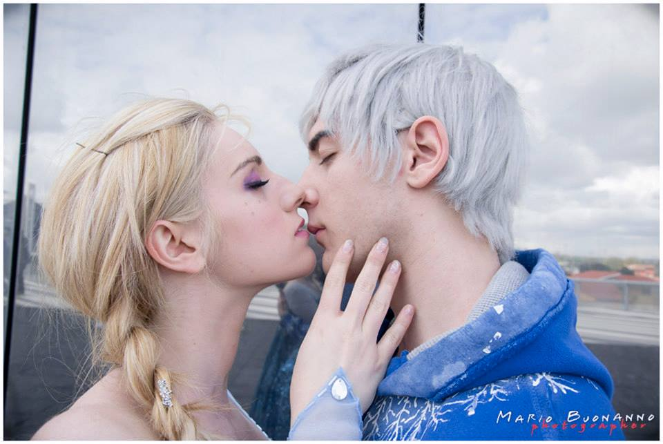 How to Play Elsa Leaves Jack Frost