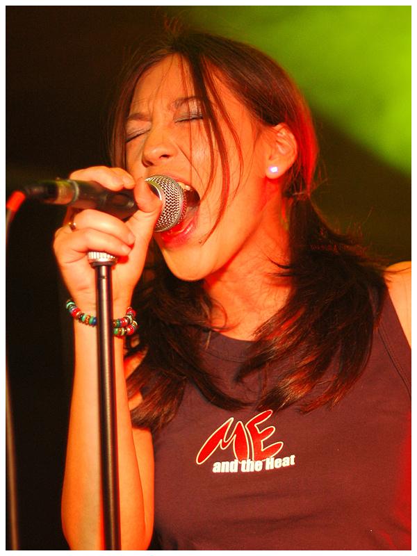 Singing 2 by Fox82