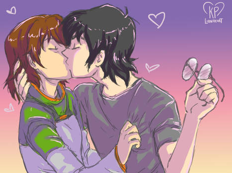Pidge and Keith kissy smooch