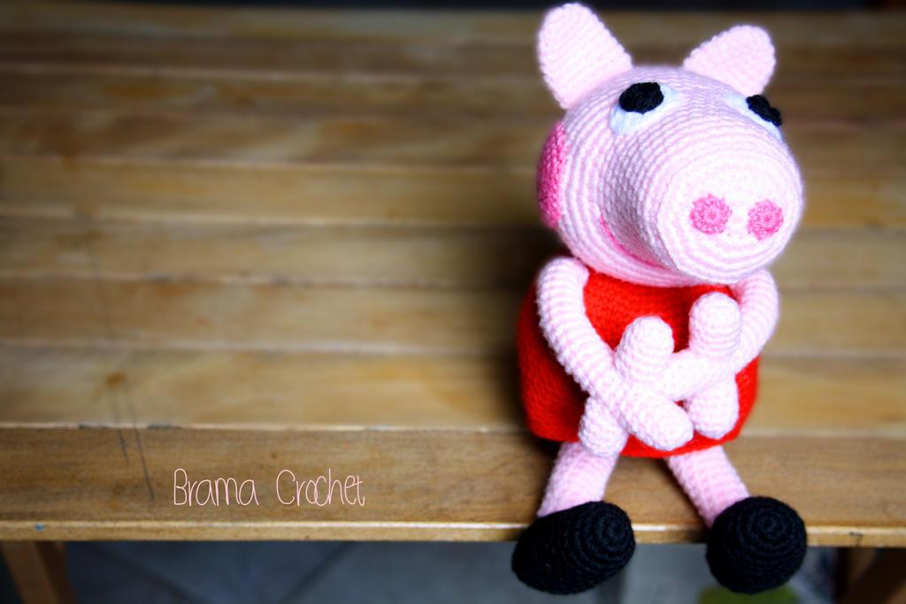 Peppa Pig Amigurumi Toy Free Crochet Pattern 2020 - eeasyknitting. com | 683x1024