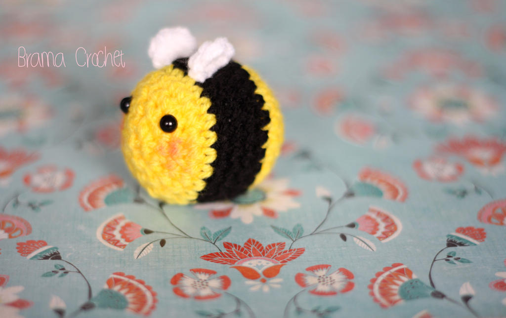 Bee amigurumi crochet doll by BramaCrochet on DeviantArt