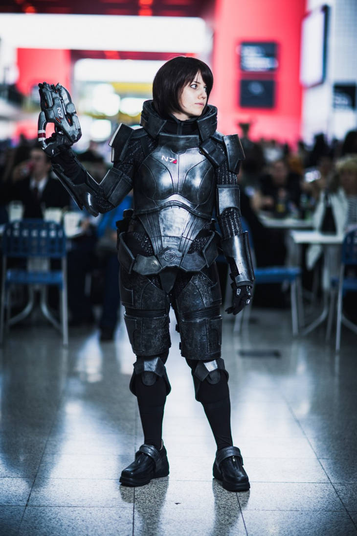 Commander Shepard Cosplay - MCM Expo Oct 2012 [1] by arido-X