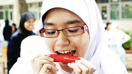 Hot as the Red by sasyaaaaa