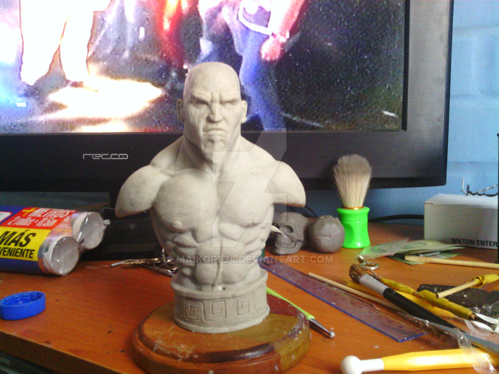 Busto Kratos by Maikore24